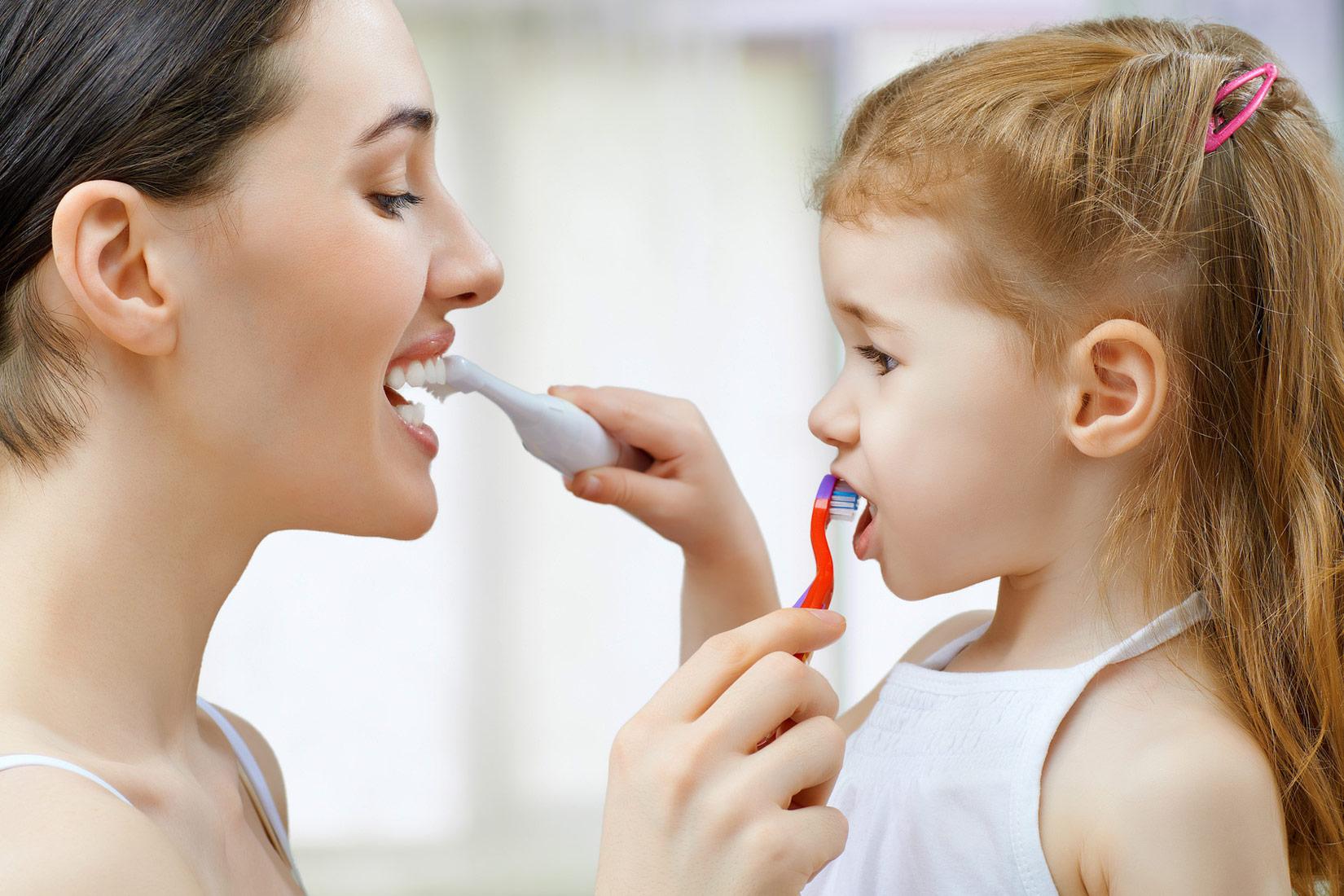 familia_tratamientos_dentales_clinica_mallorca_dentista